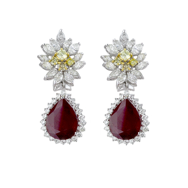 18 karat white gold earring with diamond and  pear shap ruby